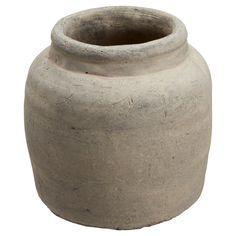 Sfeervolle bloempot van cement. Kleur: grijs. Doorsnede: 19 cm. #KwantumLente #tuin #bloempot #tuindecoratie