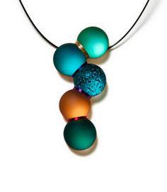 glass jewelry of Sydney Cash