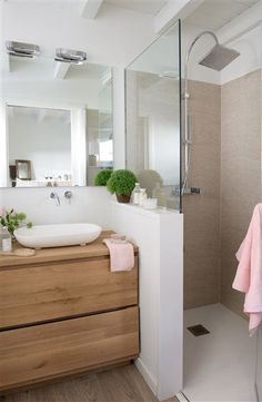 Bathroom with shower cabin - . - cabin - Badezimmer mit Duschkabine – – Bathroom with shower cabin – … – cabin Bathroom Renos, Bathroom Layout, Bathroom Interior Design, Remodel Bathroom, Shower Bathroom, Budget Bathroom, Shower Door, Basement Bathroom, Half Wall Shower