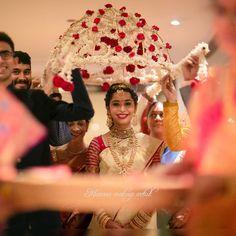 Unique Bridal Entry Ideas to make it grand this Wedding Season (UPDATED)! Telugu Wedding, Wedding Mandap, Wedding Stage, Wedding Events, Wedding Day, Wedding Season, Wedding Favors, Bridal Mehndi Designs, Wedding Designs