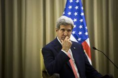 Condi Rice and John Kerry praise each other's Israeli-Palestinian efforts