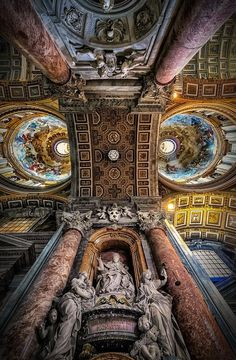 Discover Toscana, Italy: Stunning Art, Towns and Vineyards (+ 15 Photos) Concept Architecture, Ancient Architecture, Beautiful Architecture, Attraction World, Inside Castles, Le Vatican, St Peters Basilica, Sistine Chapel, Visit Italy