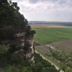 The quaint street-side village of Hermann offers true respite in this modern, fast-paced world. Let the natural beauty of the Missouri Rhineland take your breathe away. Read more about planning an enticing trip to the Missouri countryside today!