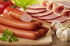 Szinte alig volt hús a virsliben - kivonták a forgalomból! Catering, Protein Sources, Lidl, Hot Dogs, Healthy Living, Pork, Food And Drink, Nutrition, Meat