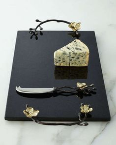 H6Q9K Michael Aram Gold Orchid Cheese Board & Knife