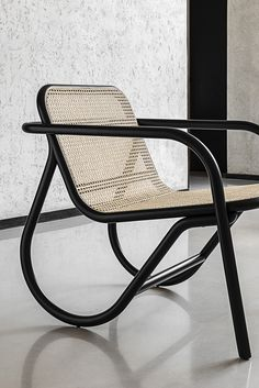 Tapping into Michael Thonet's tradition of fine bent wood and woven cane furniture, this contemporary seat melds the best of past, present, and futue. Michael Anastassiades for Gebrüder Thonet Vienna. Cane Furniture, Furniture Design, Western Furniture, Plywood Furniture, Poltrona Design, Lounge Chair Design, Lounge Chairs, Dining Chairs, Living Room Chairs