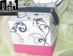 Caja para dulces y cupcake Tematica Personalizada Materiales: cartulina