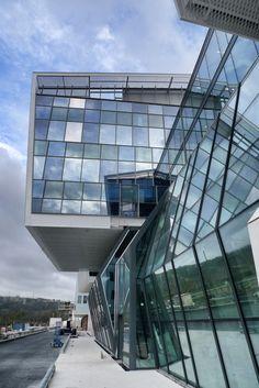 Centre de recherche INSERM - Canceropôle   TOULOUSE (31) - vib architecture   vialet + ballus   paris Construction, Toulouse, Architecture Design, Cancer, Louvre, Paris, Building, Research Centre, Architecture Layout
