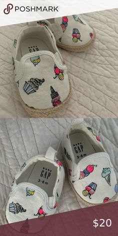 Baby shoes Never worn espadrilles Shoes Baby & Walker