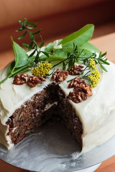 This deeply spiced carrot cake is studded with toasted walnuts and coconut, and sandwiched with a tangy mix of cream cheese and butter It's also gluten-free, and festive enough to prepare for a special occasion The cake comes from the San Francisco pastry chef Elisabeth Prueitt, whose interest in baking with alternative flours has led to many exceptional wheat-free creations