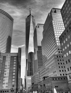 New York city freedom tower photo by joan Reese, inspirational quote by Nelson Mandela, world trade center photo, lower Manhattan New York Graffiti, Banksy Graffiti, Graffiti Artists, Graffiti Lettering, Manhattan New York, Lower Manhattan, 3d Street Art, Street Art Graffiti, New York Blog