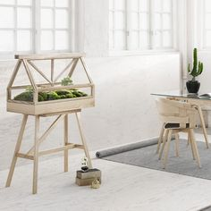 Design-House-Stockholm-Greenhouse-terrarium-wick-stuhl--Ambiente