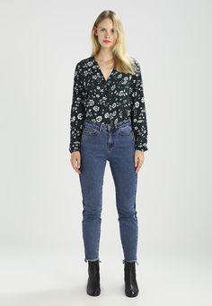 ¡Consigue este tipo de blusas de Jdy ahora! Haz clic para ver los detalles. Envíos gratis a toda España. JDY JDYSASIA Blusa sea moss: JDY JDYSASIA Blusa sea moss Ropa   | Material exterior: 100% viscosa | Ropa ¡Haz tu pedido   y disfruta de gastos de enví-o gratuitos! (blusas, blusa, blusón, blusones, blouses, blouse, smock, blouson, peasant top, blusen, blusas, chemisiers, bluse, blusas)
