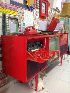 Ateliando - Customização de móveis antigos: Vitrola vintage...