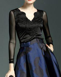 #AdoreWe QILI Adorable Black Long Sleeve Paneled V Neck Blouse - AdoreWe.com
