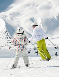 Best family ski holidays, ski deals, ski packages and adventure offers in the alps: Grab a bargain and save on your next trip to the mountains with Siegi Tours Holidays! Family Ski Holidays, Tours Holidays, Ski Austria, Ski Deals, Salad Buffet, Ski Packages, Ski Lift, Ski Shop, Package Deal