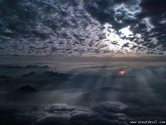 Abendrot mit Wolken in der Ostschweiz