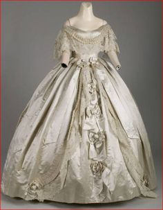 House of Worth, Silk Evening Dress with Hand-made Point de Gaze Lace. Paris, 1861. (View 1)
