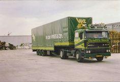 de Vries Makkum semi Tow Truck, Classic Trucks, Cars And Motorcycles, Transportation, Vehicles, Legends, Vans, Europe, Custom Trucks