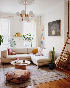 Mallory Fletchall's Living Room Just Got a Sophisticated Makeover - Boho Wohnzimmer Boho Living Room, Living Room Interior, Living Room Furniture, Living Room Decor, Rustic Furniture, Living Rooms, Cute Living Room, Outdoor Furniture, Cozy Living