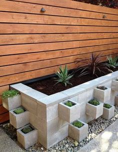 Cinder Block Hochbeet Garten Design - 24 Creative Garden Container Ideas With Pictures Cinder Block Fantastic Pictures Raised Garden Beds With Cinder Blocks Concepts Fascinating Diy Cinder. Outdoor Projects, Garden Projects, Diy Projects, Outdoor Crafts, Diy Backyard Projects, Cinder Block Garden, Cinder Block Ideas, Raised Garden Beds Cinder Blocks, Cinder Block Walls