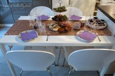 """* Angel of Berlin: [decorates...] A Christmas Coffee Table and the first impressions of the """"Dream Flat"""""""