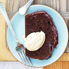 Chocolaty Zucchini Loaf Cake For the ultimate dessert, add a dallop of espresso whipped cream. Whip 1 cup whipping cream with 2 tablespoons sugar and 1 teaspoon instant espresso powder to soft peaks.