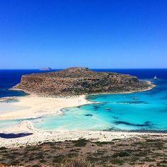 Creta - Grécia e ontem conheceu a praia de Balos - a da foto. É um ponto imperdível da ilha, o paraíso na Terra. || travel blog - travel tip - blog de viagem - Greece - Greek - sea - paradise - ocean - beach - dicas de viagem - breathtaken
