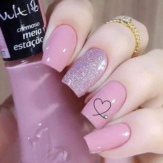 Semi-permanent varnish, false nails, patches: which manicure to choose? - My Nails Pink Nail Art, Cute Acrylic Nails, Acrylic Nail Designs, Cute Nails, Nail Art Designs, Heart Nail Designs, Classy Nail Designs, Pretty Nail Designs, Classy Nails