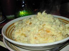 Skirlie Mash - Scottish Mashed Potatoes With Onions And Oats Recipe - Food.com