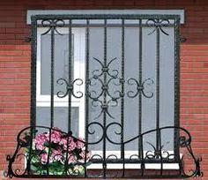 Murmúrios e Burburinhos....: Grade para janelas