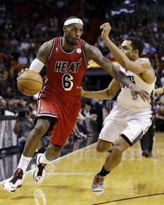 Lebron James and Gerald Henderson (Charlotte Bobcats)