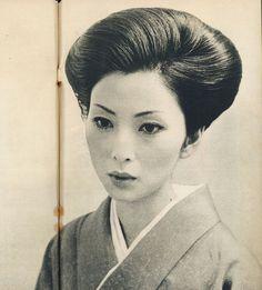 Meiko Kaji (梶芽衣子), 1976