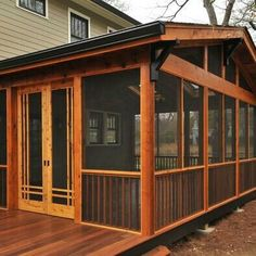 Back Porch ideas and photos to inspire your next home decor project or remodel. Check out Back Porch Decks photo galleries full of ideas for your home, apartment or office. Screened Porch Designs, Screened In Deck, Screened Porches, Screened Porch Decorating, Enclosed Porches, Back Porches, Decks And Porches, Front Porch, Side Porch