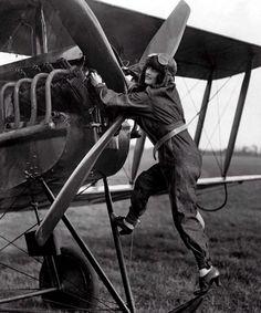 Aviator Poppy Wyndha