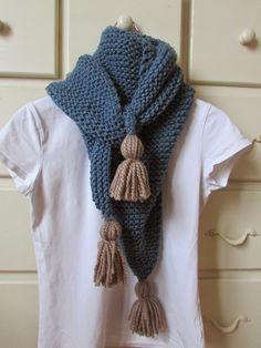 """""""Con Volantes"""" """"Bolillo"""" """"DIY"""" Crochet Flower Scarf, Love Crochet, Diy Crochet, Crochet Shawl, Crochet Stitches, Crochet Patterns, Diy Knitting Scarf, Diy Scarf, Loom Knitting"""