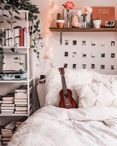 live your best life today – If you still have a pulse, God still has a purpose. Cute Bedroom Ideas, Cute Room Decor, Room Ideas Bedroom, Bedroom Decor, Cozy Teen Bedroom, Bedroom Inspo, Dream Rooms, Dream Bedroom, Aesthetic Room Decor