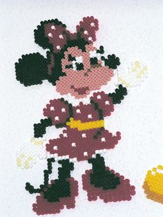 Minnie Mouse Hama Bügelperlen by dolmibine