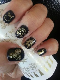 54 GOLD Mixed WICCAN GODDESS Symbol Nail Art Decals - Magic Goth - Nail Wraps Nail Art Water Slide Transfers SteamPunk Nail Stickers I have some of these, actually. I am big on spirals. Halloween Town, Halloween Nail Art, How To Do Nails, Fun Nails, Pretty Nails, Garra, Nail Decals, Nail Stickers, Steampunk Nails