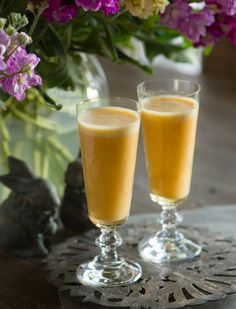Dreamcicle Delights for your Brunch Table @ rawmazing.com <3 getting thirsty for this yummy drink