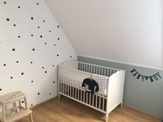 Babyboyroom zwart wit en stippen. Early dew babyboy