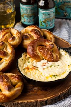 These Soft Beer Pretzels with Beer Cheese Dip are soft and fluffy pretzels with a cheesy dip. Perfect for game day, parties, or any time you need a snack to go with your beer. Dip Recipes, Fall Recipes, Appetizer Recipes, Appetizers, Cooking Recipes, Coffee Recipes, Recipies, Sauces, Oktoberfest Food