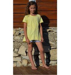 Tunique jaune avec foulard