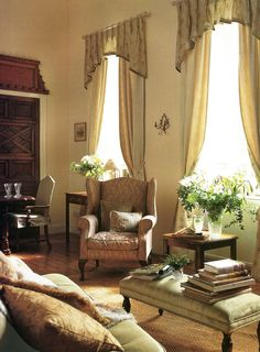 Classic and timeless interior. The high ceilings allow for the generous droopy-tail pelmet which gives the appearance of swags Window Coverings, Window Treatments, Pelmet Designs, Drapes And Blinds, Sitting Rooms, Curtain Poles, High Ceilings, Showcase Design, Soft Furnishings