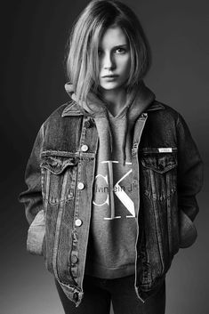 Calvin Klein Jeans x mytheresa Collaboration, sister of Kate Moss, Lottie Moss, Michael Avedon Fast Fashion, Look Fashion, Fashion Models, Jeans Fashion, Fashion Trends, Look Vintage, Vintage Mode, Kate Moss Sister, Jeans Calvin Klein