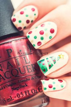 18 Holiday-Themed Manicures You Should be Rocking All December Long Christmas Tree Nail Art