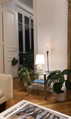 Retro Interior Design, Modern Interior, Interior Architecture, Interior And Exterior, Interior Ideas, Dream Apartment, Apartment Interior, Apartment Design, Apartment Living