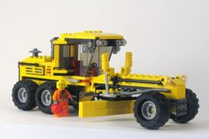 MOC Road Grader by LEGO Ink on EB