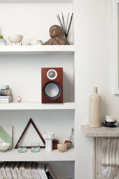 The ultra-compact Silver 50 introduces a completely new version of Monitor Audio's special 5¼-inch C-CAM RST bass/mid-range drive unit, creating the most diminutive bookshelf model ever to appear in the line-up. #speaker #walnut #shelfie #retro #sleekdesign #livingroominspo #surroundsound Home Cinema Speakers, Bookshelves, Bookcase, Home Cinema Systems, Surround Sound Systems, Home Cinemas, Shelfie, Floating Shelves, 50th