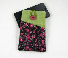Smartphone sleeve, floral phone case, green, black floral Iphone wallet, Cellphone case, Fabric phone case, i phone sleeve by JRsbags on Etsy